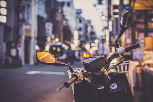 バイクのバックミラー